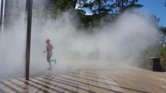 refreshing-mist-10