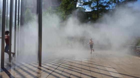 refreshing-mist-12