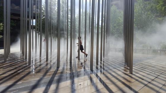 refreshing-mist-14