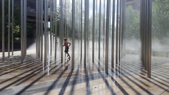 refreshing-mist-15